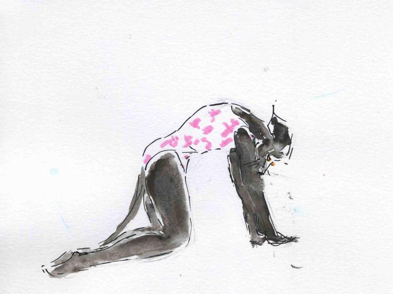 105) faire le dos rond